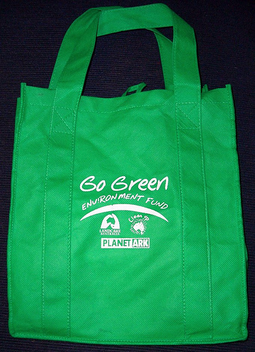 Help create a healthier community by using reusable bags.