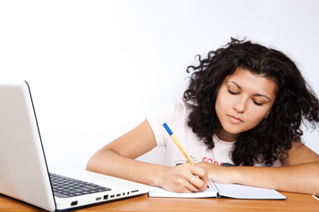 MOOCs and online courses can provide students with many different experiences.